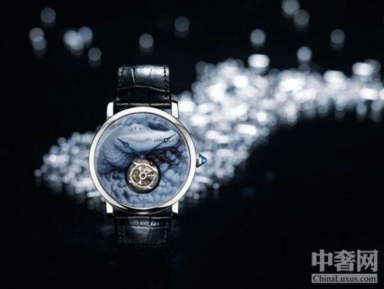 Rotonde de Cartier腕表,鳄鱼装饰图案,浮雕