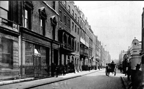 建立初期的萨维尔街