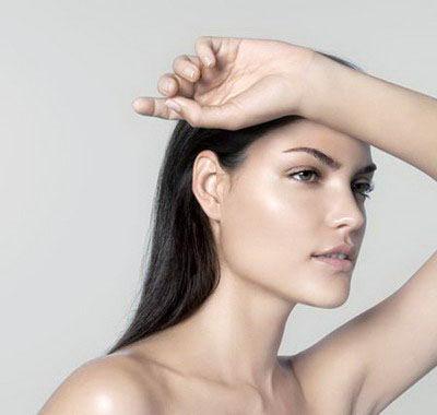 皮肤专家:隔离霜防晒霜2选1即可都用反伤肤