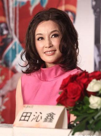 刘晓庆首次表态不排斥微整形