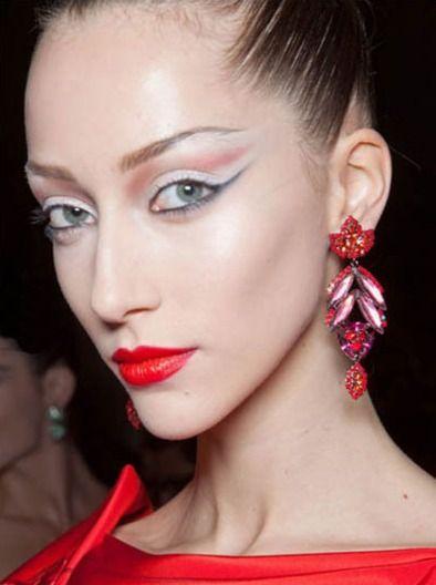 sharp eye makeup like a Geisha