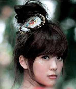 [转贴]甜美小女人的11款可爱发型