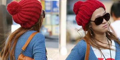 红色大毛球毛线帽X蜂蜜色长直发