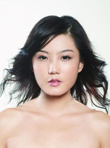 2009新丝路模特大赛总决赛选手-20号段潇洁 企业服务