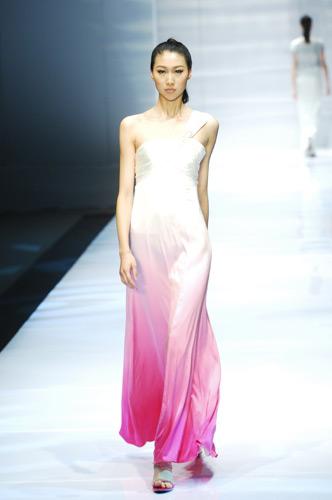 中国模特t台 欧式礼服