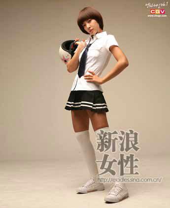 低调的风格,精致的细节让学院派服饰经久不衰,也成为可爱女生日常装扮