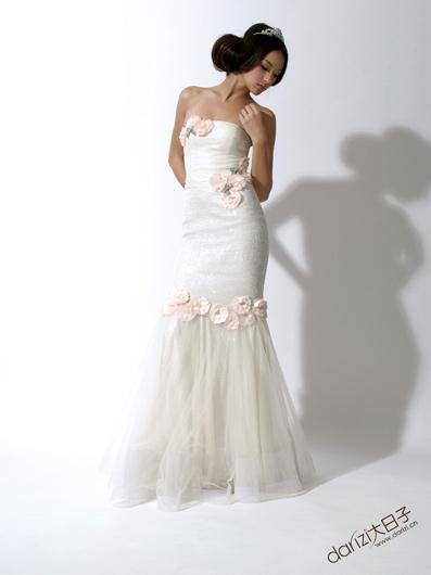 cecilia yau 雪纺镶缀低胸礼服   手工镶缀珠片   绢花与