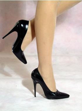 据医生报告指出,长时间穿高跟鞋会给你带来小腿肌肉更加明显,腰部肌肉图片