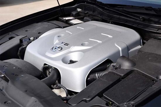 顶配采用4.3升V8发动机.-新旗舰出击 战略详解新一代国产丰田皇冠