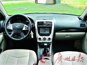 B50内饰用料在本土车型里达到一个新高度