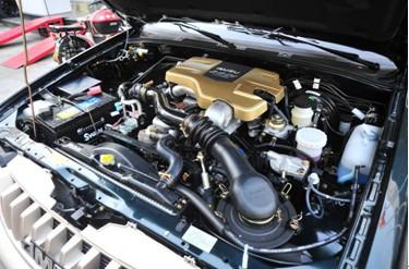 图:江铃JX4932Q5C发动机