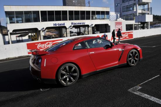 GT-R外观图片