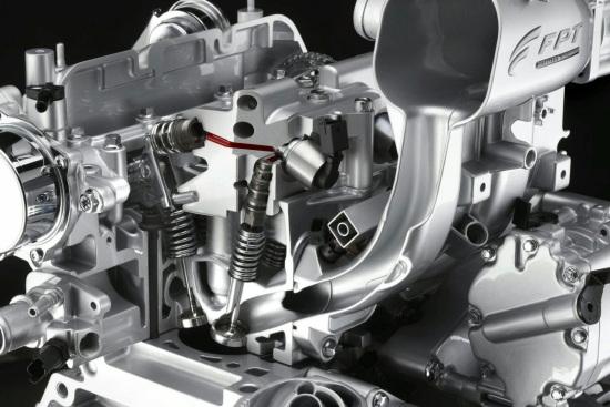 图为菲亚特Twin-Air双缸发动机