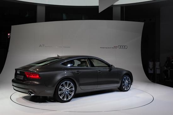 A7 Sportback体现出奥迪对高档五门轿跑车的全新定义
