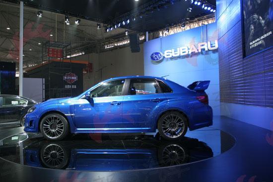斯巴鲁新款三厢WRX STI上市 售价49.8万元