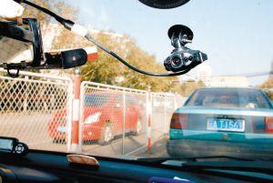 出租车车内安装摄像头