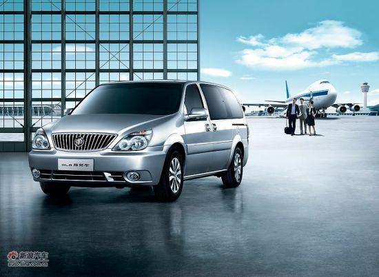 2011款别克GL8商务车小改款,售价:22.8-24.8万元