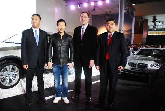 华晨宝马新520Li典雅型上市 售41.86万元