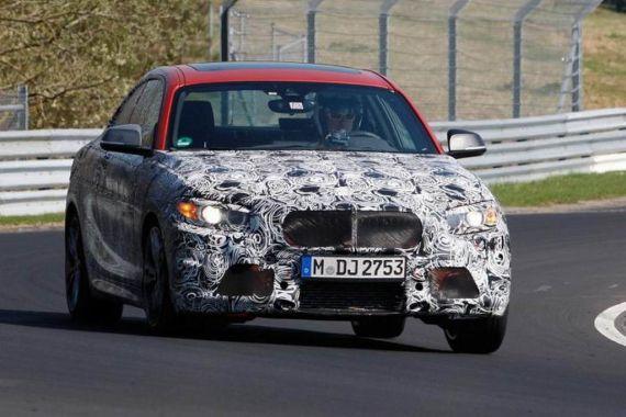 BMW M235i Spy 01