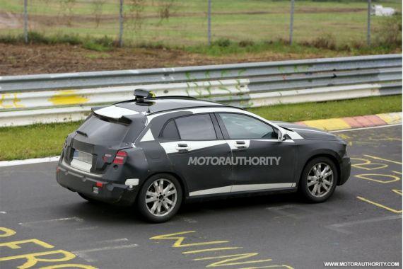 2014全新梅赛德斯-奔驰GLA级量产车型最新谍照