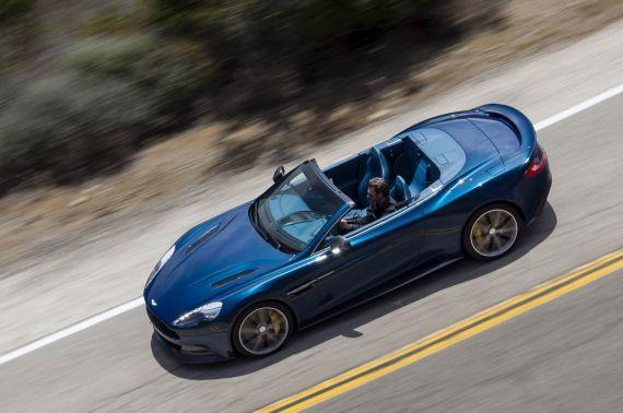 Aston Martin Vanquish Volante 02