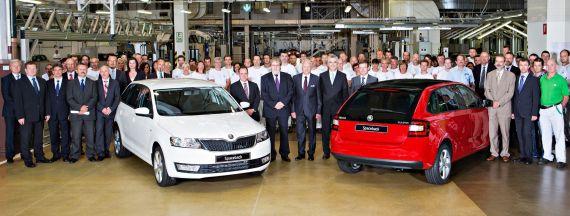 斯柯达汽车在其位于姆拉达_博莱斯拉夫的主工厂庆祝斯柯达Rapid Spaceback的量产