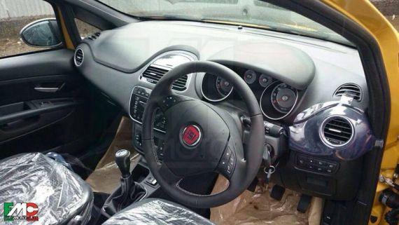 Fiat Punto Facelift Spy 05