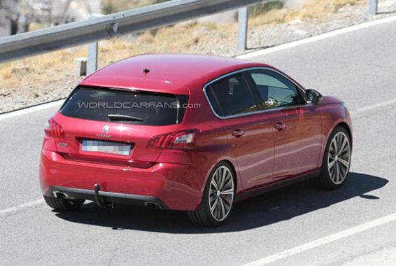2015 Peugeot 308 GTI spy photo -04