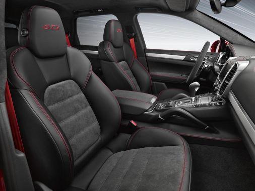 Porsche Cayenne GTS 05