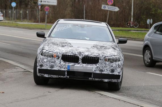 BMW 5-series Spy 01