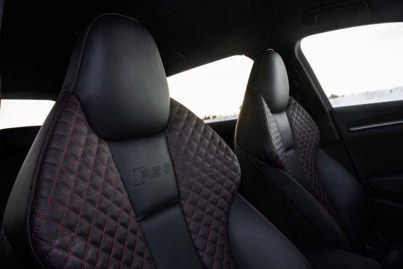 Audi RS3 Sportback in Sepang Blue _13