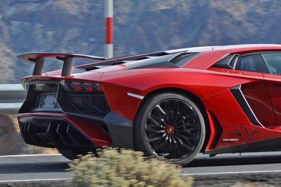 lamborghini Aventador SV spy 08