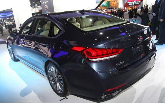 Hyundai Genesis 05