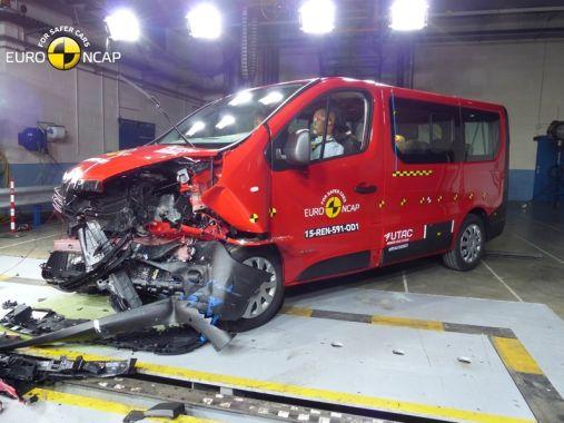 Renault Trafic EuroNCAP 03