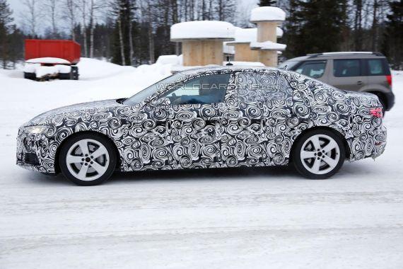 2016 Audi A4 spy photo _05