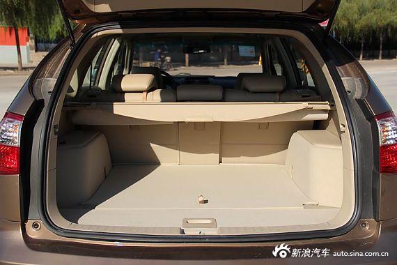 2013款比亚迪S6 2.4L手动尊贵型
