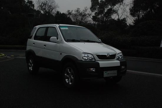 国内首款纯电动车众泰2008EV批量上市
