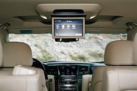 副驾驶侧的外后视镜内也安装有摄像头