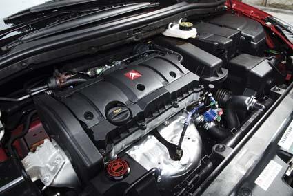 东风雪铁龙世嘉发动机图片-回归本色 试驾东风雪铁龙世嘉 3高清图片