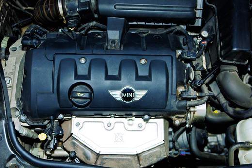 MINI Cooper Clubman发动机