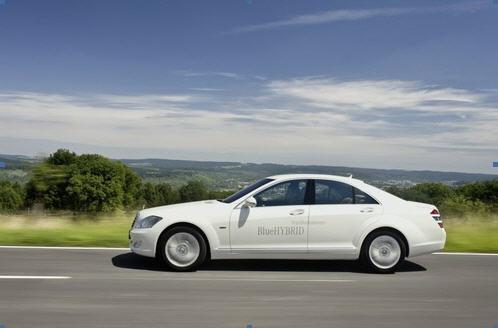 奔驰最新混合动力技术汽车S400