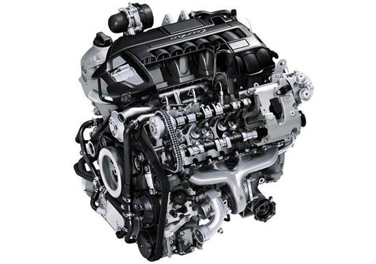 旗舰车型Panamera Turbo则将匹配采用Biturbo双涡轮系统的4.8升 V8发动机,动力输出一举提升至372kW