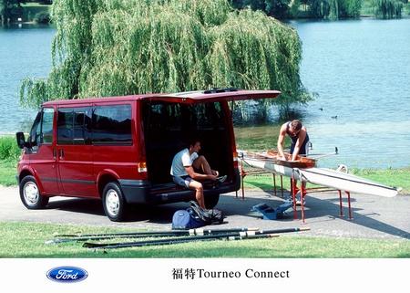 Connect的姊妹车型 ?2003年度国际厢式车-日内瓦车展上福特汽车高清图片