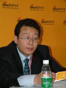 郑州日产冯兴亚:帕拉丁的突出优点是油耗低