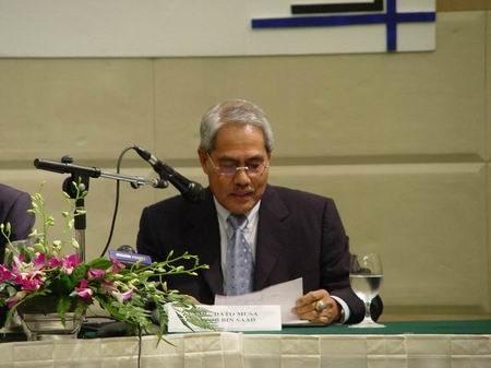 吉利豪情在马来西亚定价折合人民币10万元左右