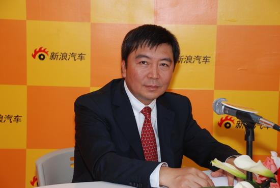 郑州日产总经理郭振甫:CDV车型NV200明年初上市