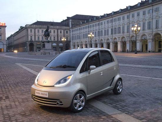 世界上最便宜的汽车塔塔Nano在印度正式交付高清图片