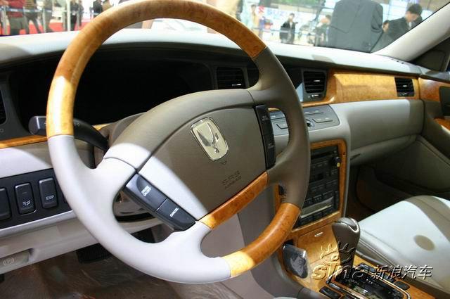 现代旗舰车型EQUUS