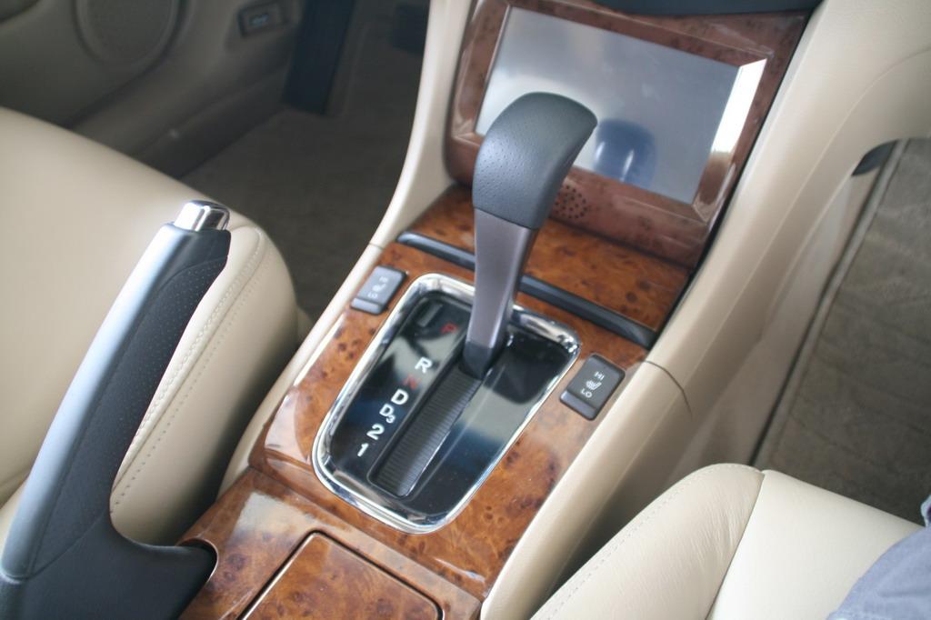 广州本田07款雅阁驻车制动器和变速杆