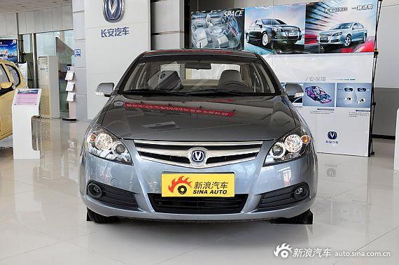 2012款CX30三厢实拍